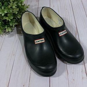 Hunter black shoes slip on clog garden 7 8 sizing